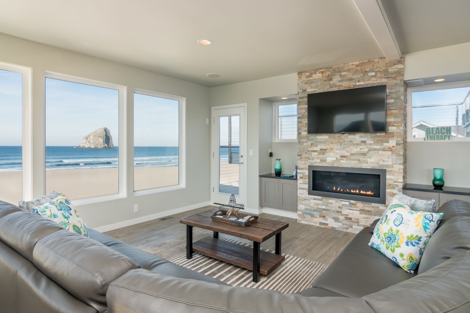 pacific city oregon events hotels things to do. Black Bedroom Furniture Sets. Home Design Ideas