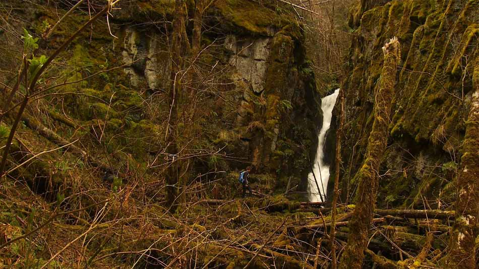 Ki-a-Kuts Falls